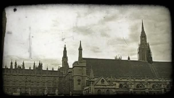 Belvárosi London. Vintage stilizált videoklip.