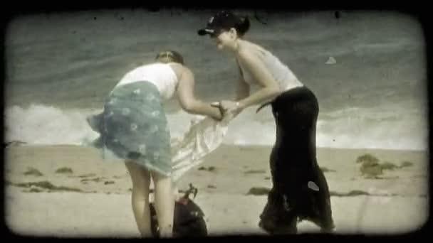 Видео подружки ласки — img 1