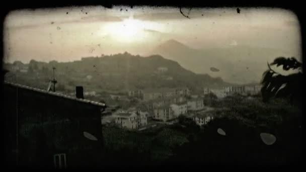 Italský západ slunce. Starobyný stylizovaný videoklip.