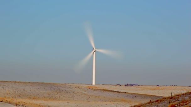 horní části větrný mlýn ve Wyomingu