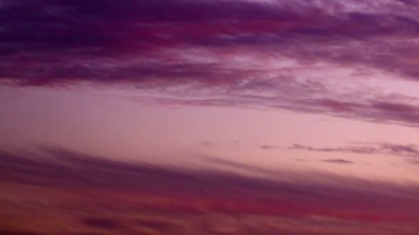 Fialové mraky na slunce výstřel v Izraeli