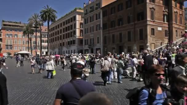 Davy v Piazza di Spagna