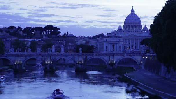 Grand canal with San Pietro
