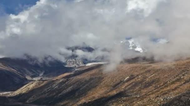 Dno údolí v Himaláje