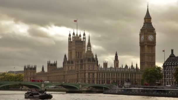 Westminsterský palác a Řeka Temže