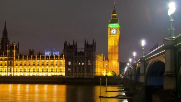 Big Ben s řekou v Londýně