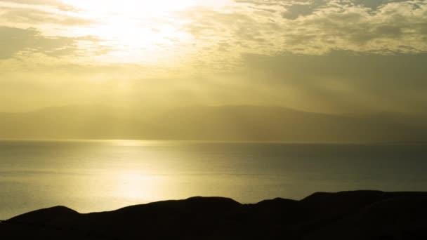 Úsvit na Mrtvé moře v Izraeli