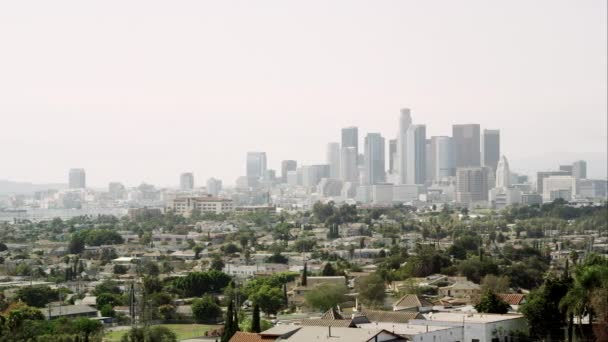 Los Angeles s nebe smogových