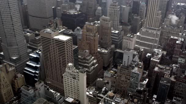 budovy níže v Manhattanu.