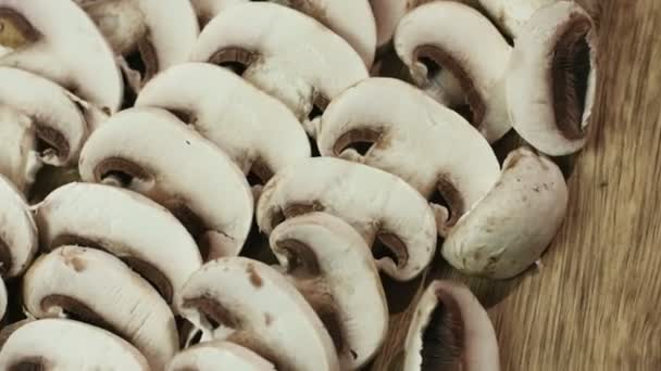 Plátky jedlé houby, známé jako Agaricus