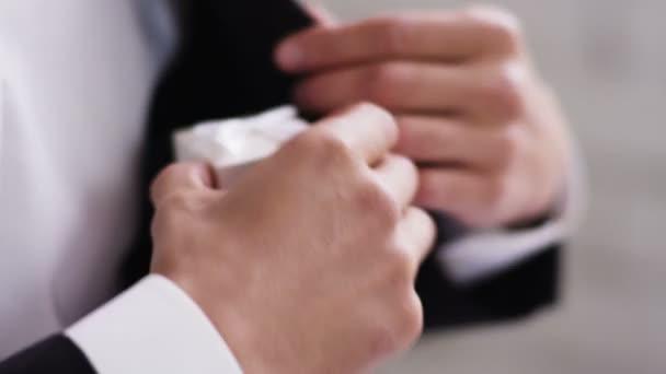 Otevřené Ring Box s diamantový prsten