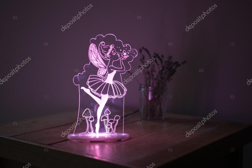 Lampada Scrivania Viola : Viola illuminata lampada da scrivania in cristallo con fata impresso