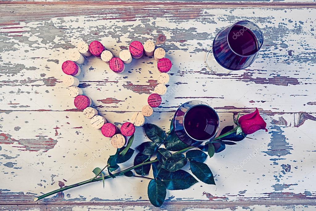 39f93556fa3f9d Two glasses of red wine and a heart with corks — Stock Photo ...
