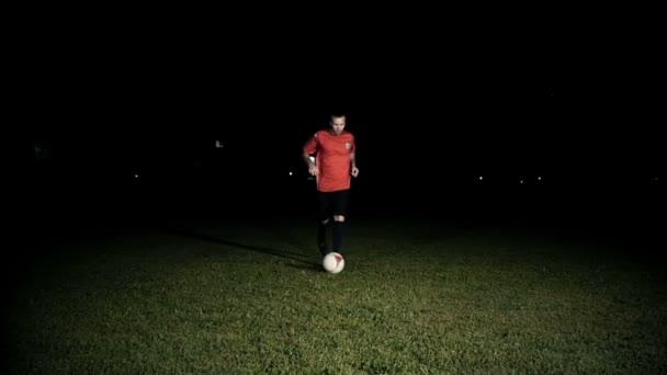 Hráč driblování míč Zpomalený pohyb