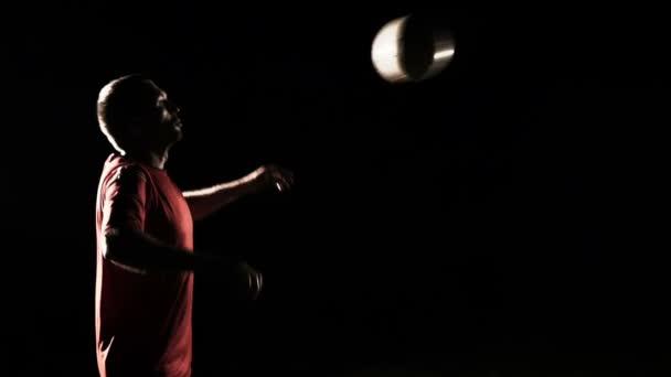 Fotbalista ovládající míč Slow Motion