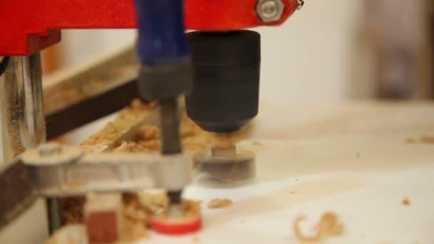 pracovní výcvik dřevěný panel vrtací stroj