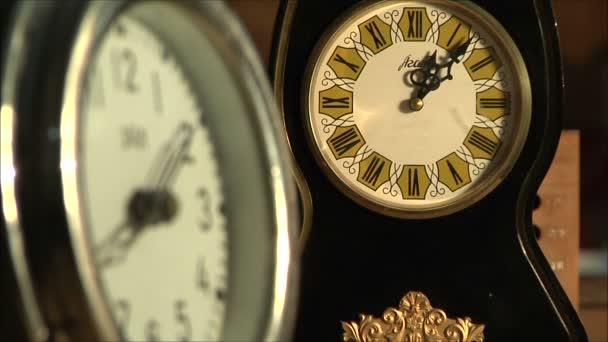 óra mechanizmusa, Vértes