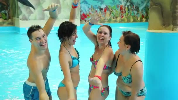 Lidé relaxační bazén