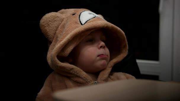 Fiú Watch rajzfilm Teddy Bear pizsamában