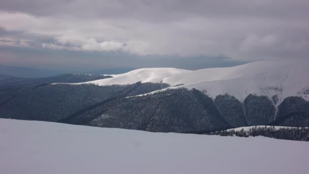 Time-Lapse mraků v horách