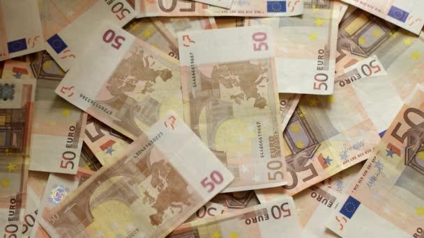 4 k Euro peníze. Eurobankovky padají