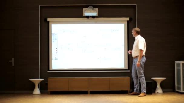 Az ember beszél-konferencián