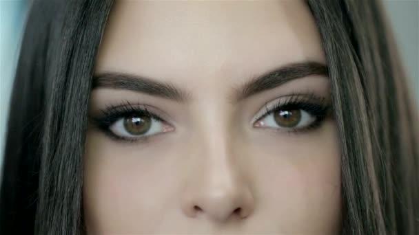 krásné ženské oči