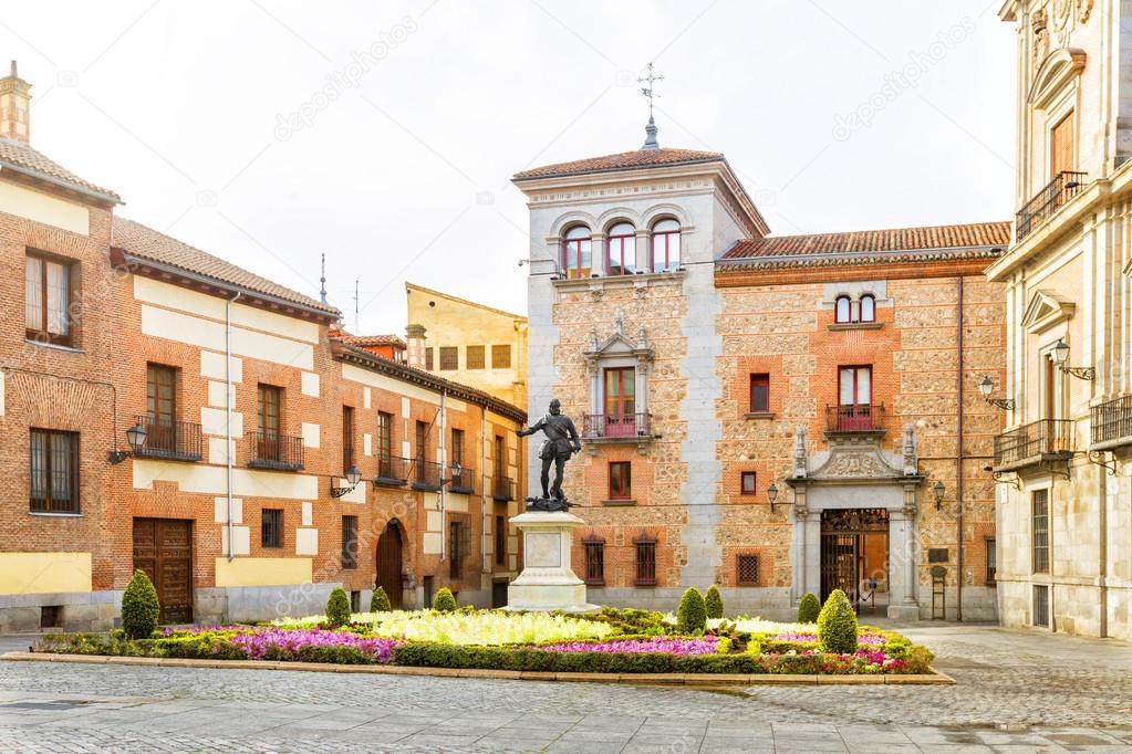 Plaza de la villa dans la vieille ville de madrid espagne for Conception de la villa