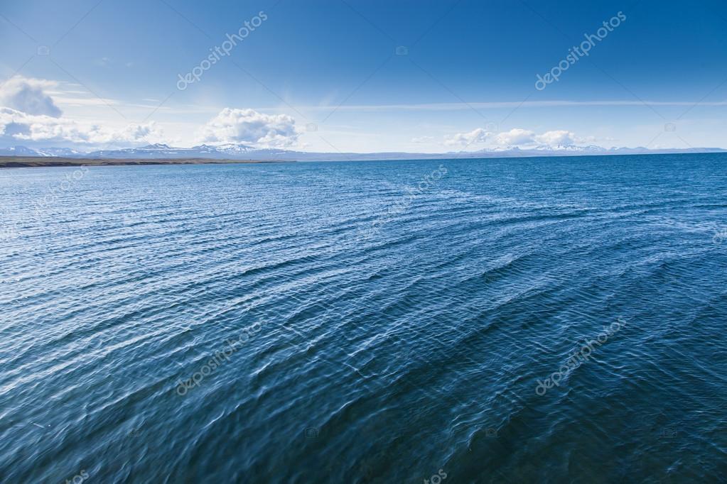 Superficie Blu Del Mare Per Sfondo Foto Stock Sasaperic 84505832