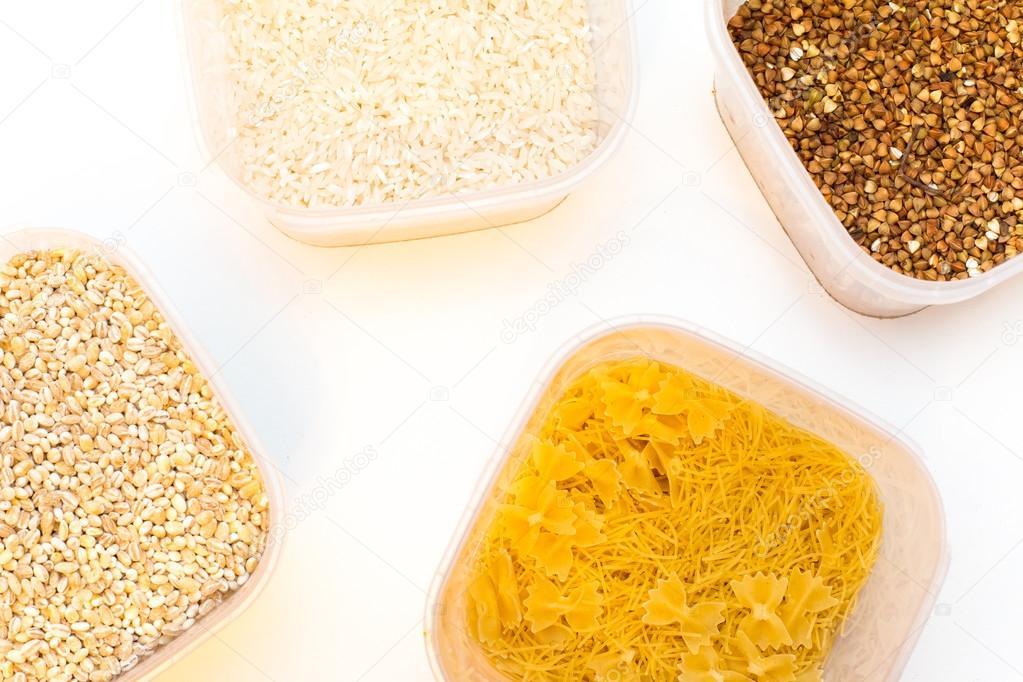 Verschiedene Getreide Getreide, Reis, Buchweizen unterschiedliche ...