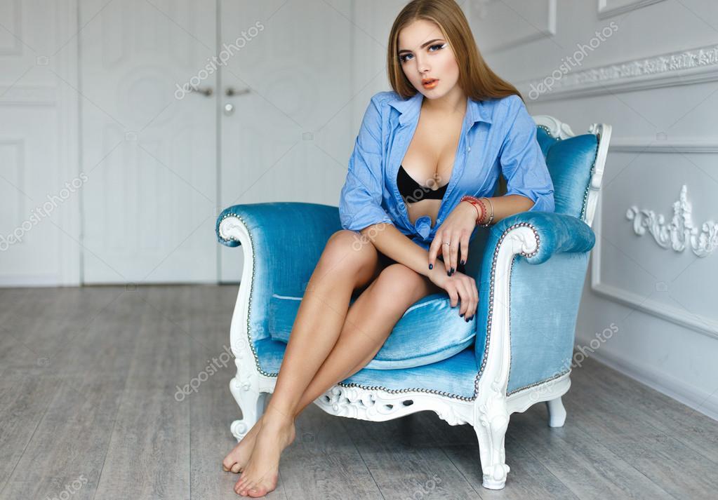 Un Negro Azul — Sexy Chica De Y Sujetador Cortos Fotos Pantalones En cj534RqLSA