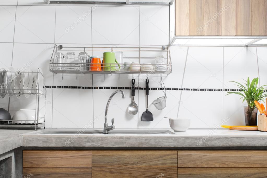 Interior del fregadero de cocina blanco — Foto de stock © NoreeFly ...