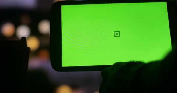 Férfi tabletta Green Screen