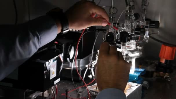 Testing of a lab hydrogen fuel cell for alternative energy