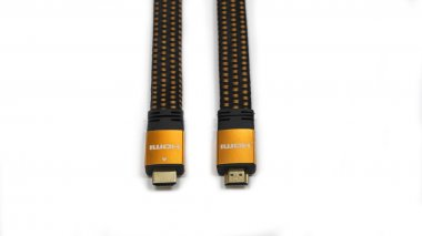 HDMI cable with gold-plated contacts
