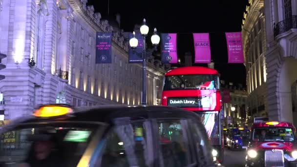 London-Anglia, ultra HD 4k valós idő: Traffic utca Piccadilly Circus éjjel