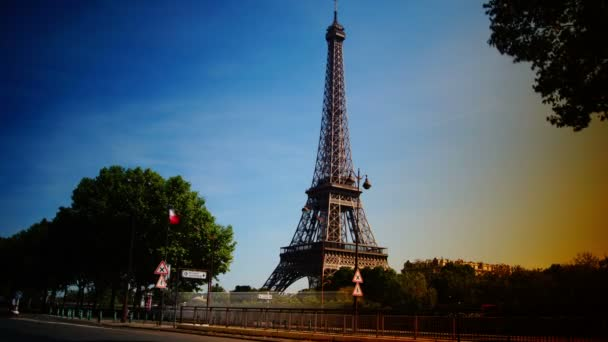 Rush hour in Paris,view of the Eiffel Tower, time lapse