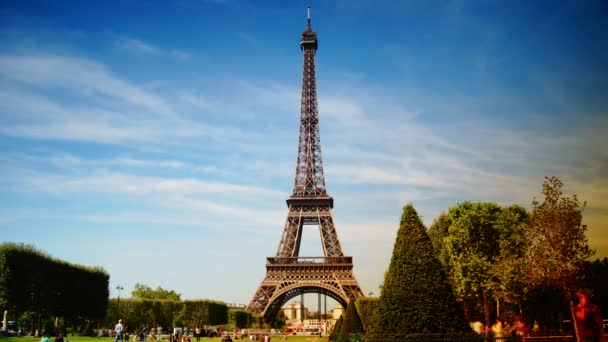 La Tour Eiffel. View of Eiffel Tower from Champ de Mars in Paris time lapse