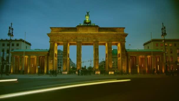 das brandenburger tor, hauptattraktion in berlin, zeitraffer, 4k