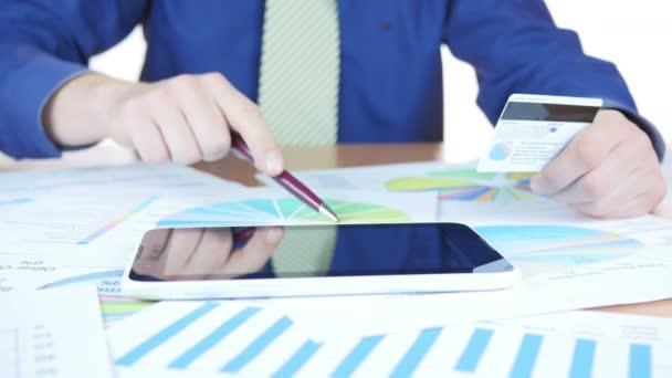 Üzletember Online vásárlás hitelkártya és az érintõpanel használata