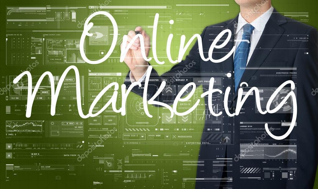 Kaufmann Online Marketing schreiben und zeichnen einige Skizzen ...