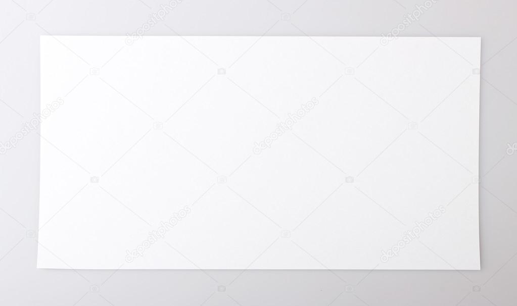 Orizzontale singolo foglio di carta bianco foto stock - Foglio laminato bianco ...