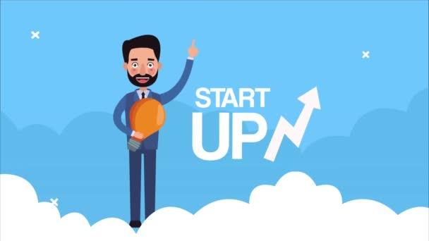eleganter erfolgreicher Geschäftsmann mit Glühbirne und Start-up im Pfeil