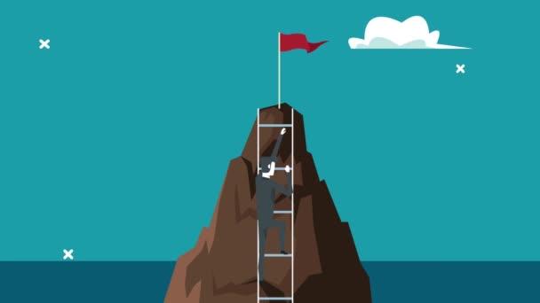 elegantní podnikatel jde nahoru po schodech v horách