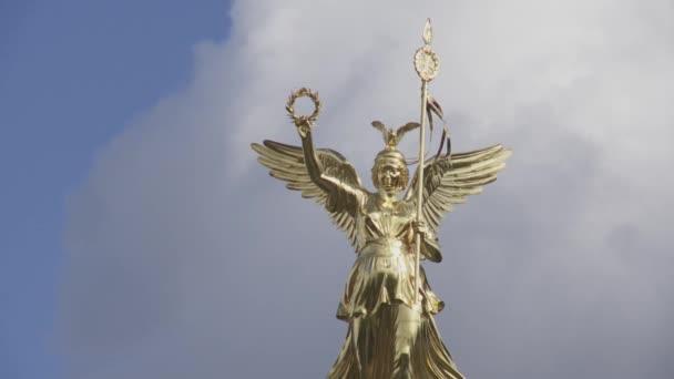 Szobor a berlini Victory Column