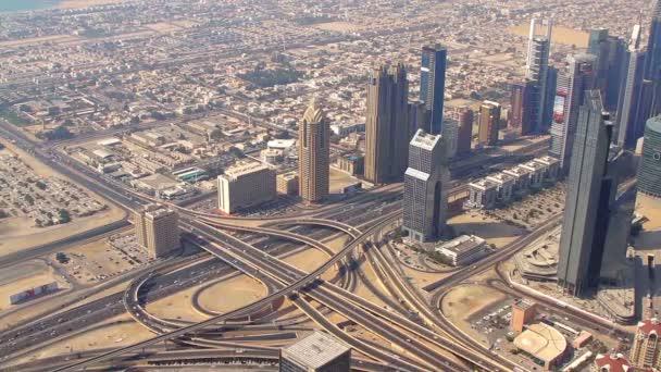 velké dopravní křižovatka v Dubaji
