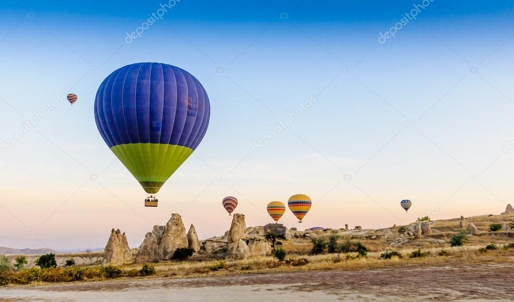 A group of hot air baloons