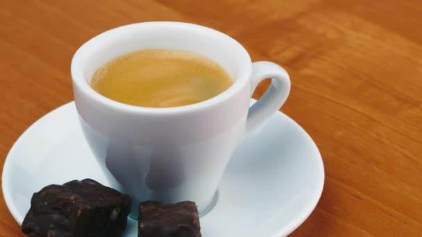 šálek Espresso s candy