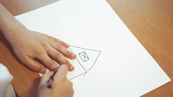 A gyermeki kreativitás és online gondolkodás