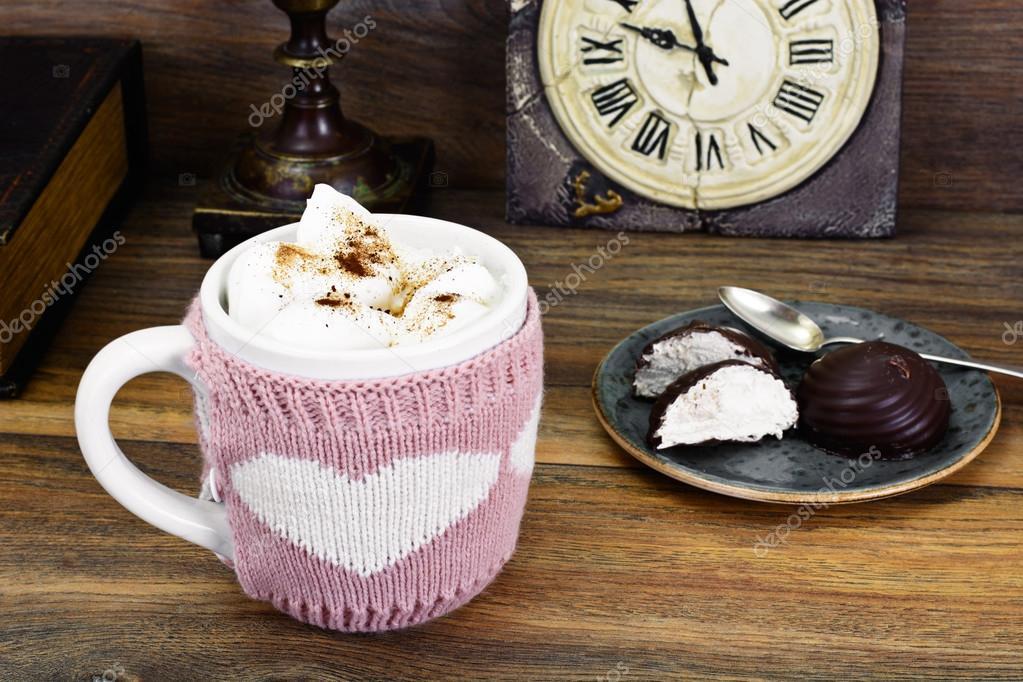 Große Tasse Kaffee : gro e tasse kaffee mit sahne stockfoto artcookstudio 107607670 ~ A.2002-acura-tl-radio.info Haus und Dekorationen